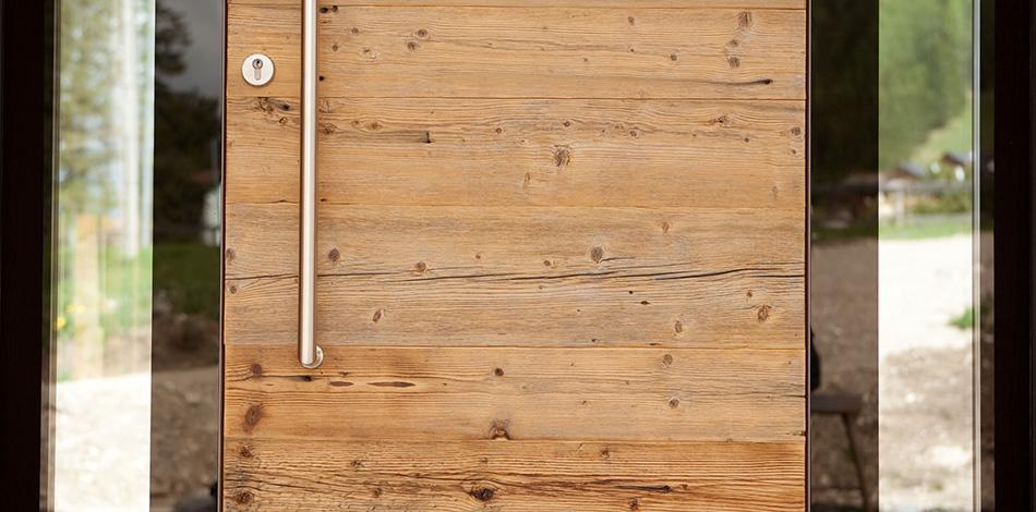 Rustikale Haustüren Holz übersicht technische merkmale holz